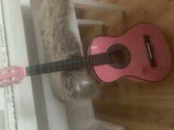 Barn gitarr